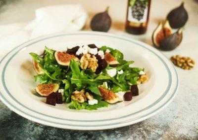Rote Rüben Salat mit Rotweinessig