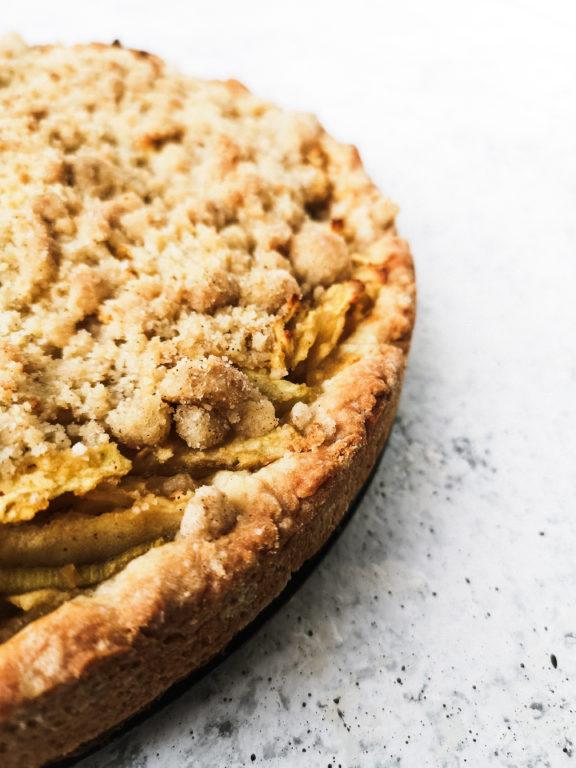 Apfel Rhabarber Kuchen Rund Oelmuehle Esterer