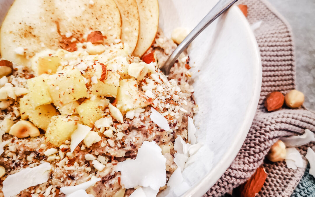 Mandel-Nuss-Porridge mit Leinöl