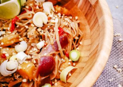 Thai Nudeln mit Garnelen und Fiji Curry